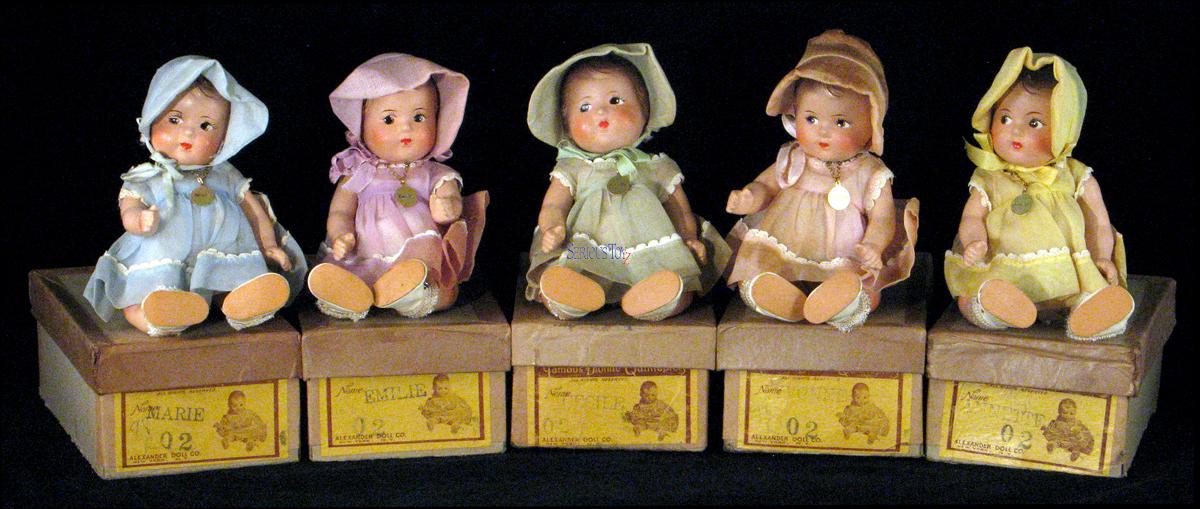 Эти 5 девочек родились однояйцевыми близнецами. Но их жизнь превратилась в ад...