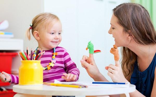 Как помочь малышу заговорить: 8 правил общения для мамы