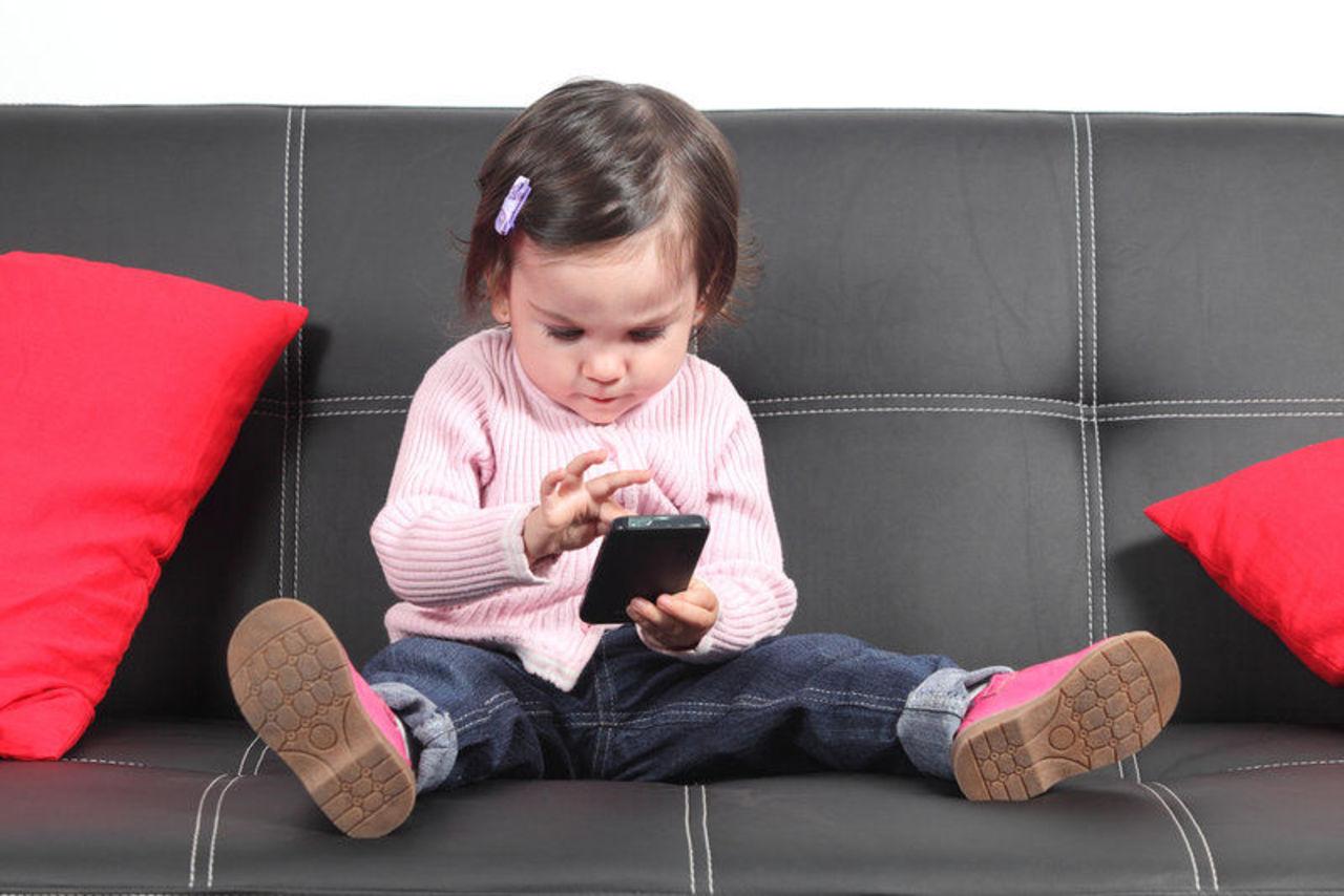 Оградите  детей до пяти лет от цифровых гаджетов!