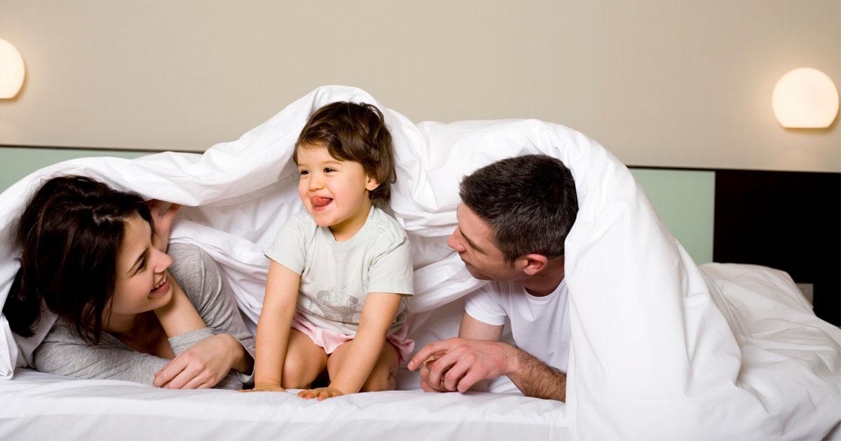 Постельный конфуз: 10 неловких ситуаций, знакомых каждой молодой маме