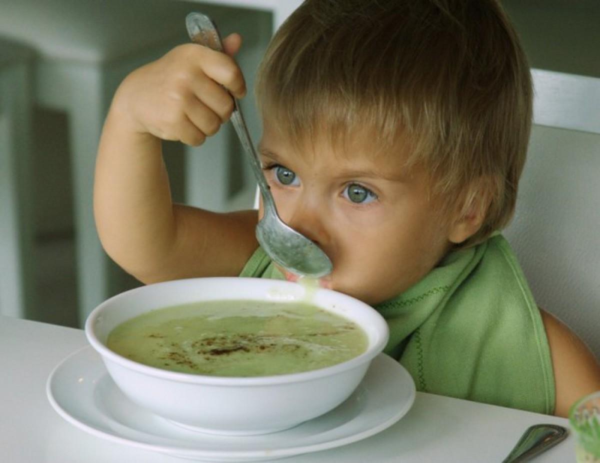 Детские супчики: 6 аппетитных и полезных рецептов для малюток