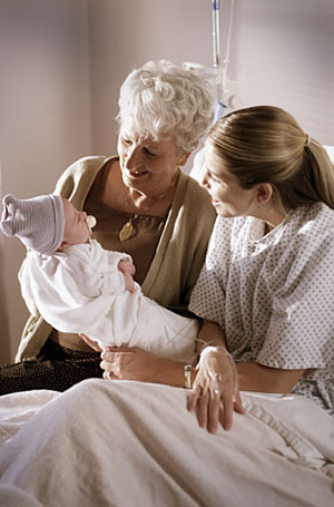 Бабушкины советы: 10 заблуждений о младенцах из СССР