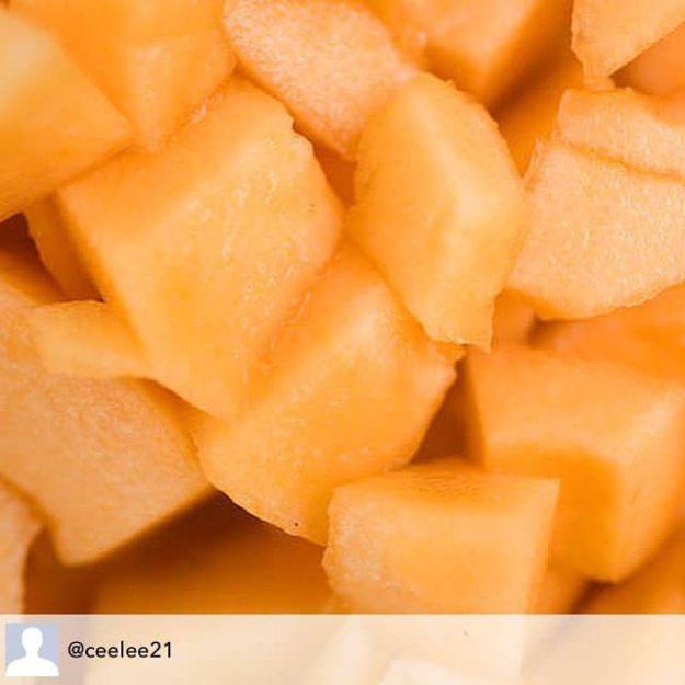 Frukty-budto-lakom-dlya-nogtej-pahnut