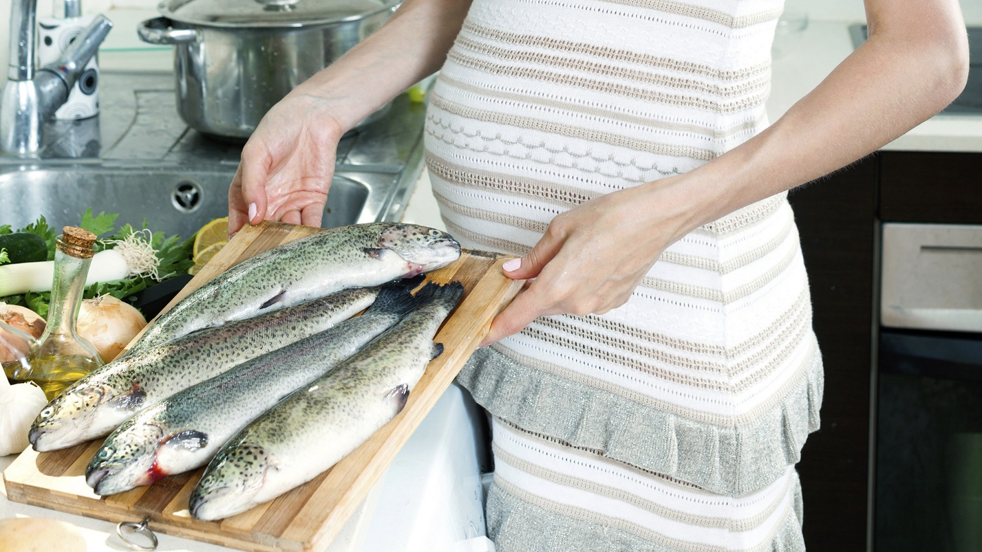 http://cdn.sheknows.com/articles/2014/06/Elizabeth_S/pregnant-woman-with-fish.jpg