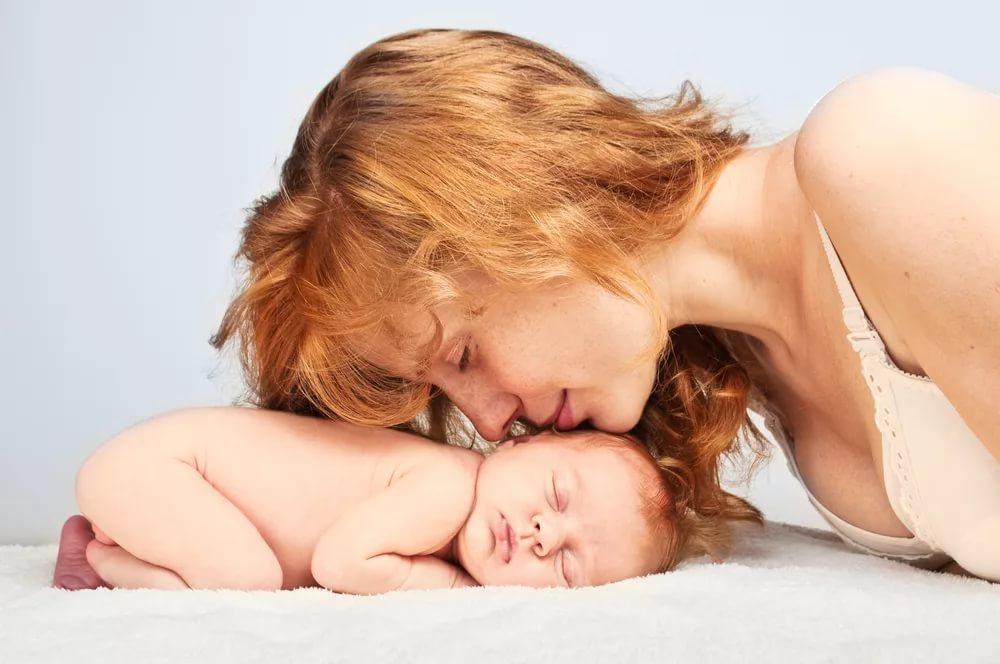 Первая беременность: 5 стадий, через которые проходит каждая мама