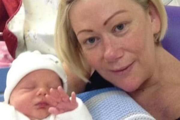 Мама и бабушка в одном - мать родила сына для дочери, больной раком