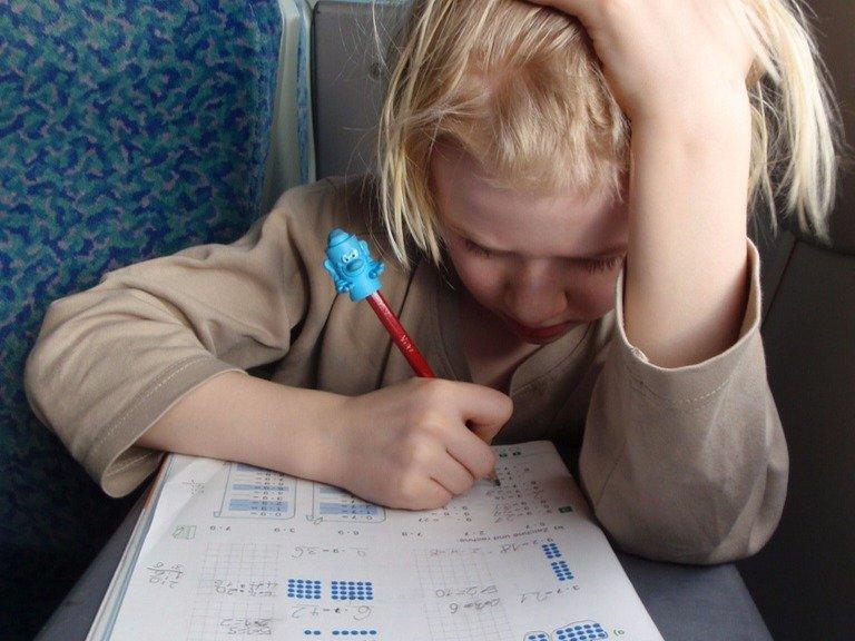 https://img.lifter.com.ua/data/2017/august/2793/6-theyteach-their-kids-math-early-on.jpg