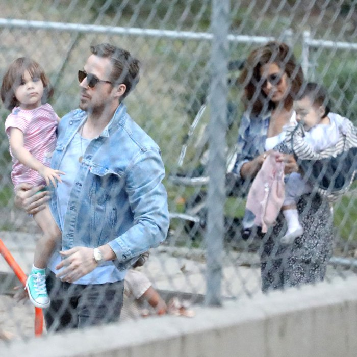 ryan-gosling-eva-mendes-kids-daughters-park-05