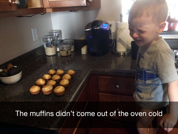 смешные фото детей, детские фото, почему ребенок плачет