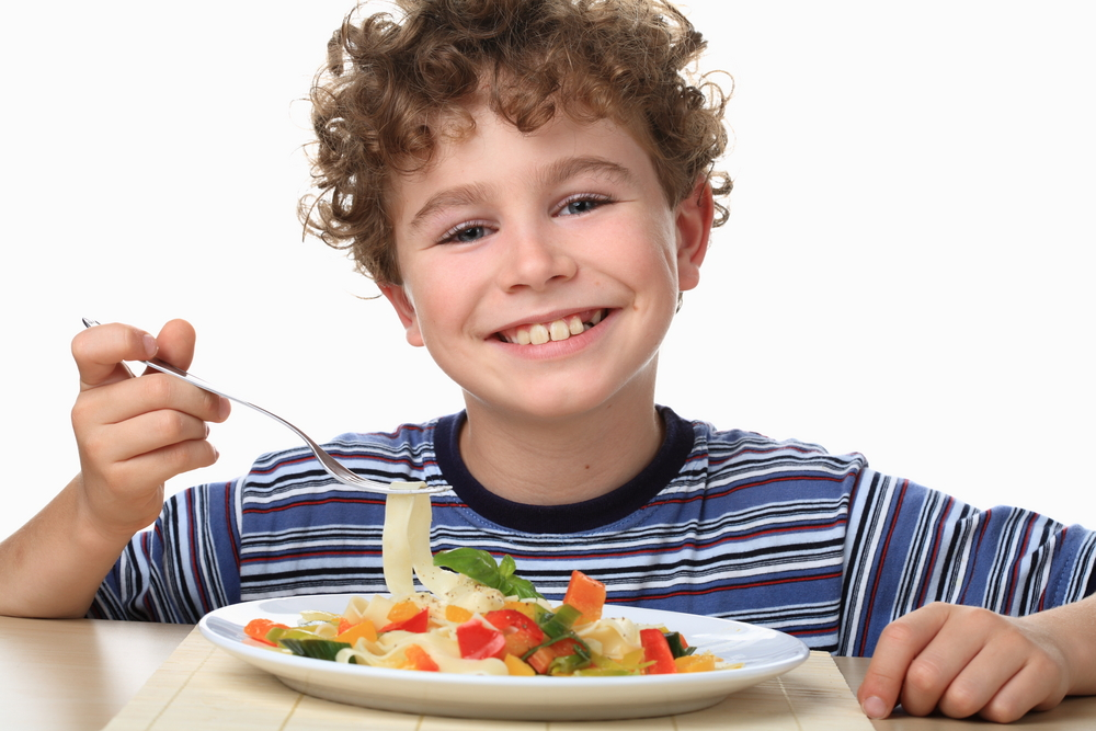 Как накормить маленького