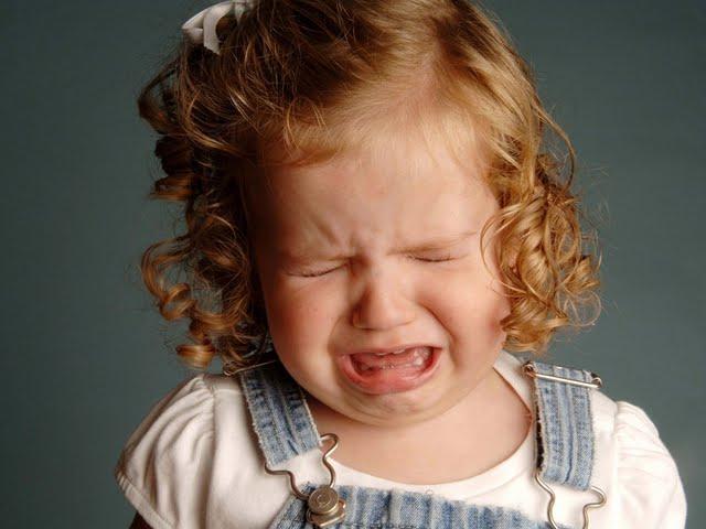 Когда ребенок сильно плачет: 8 шагов, чтобы его успокоить