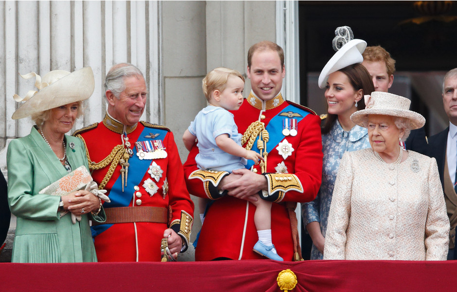 Скандал во дворце: королева недовольна своей невесткой Кейт Миддлтон