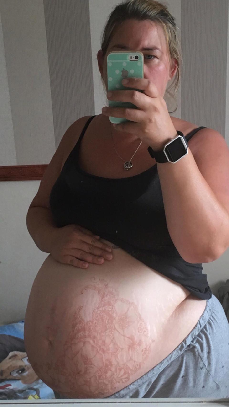 8 - не предел: она чуть не умерла при родах, но будет рожать еще