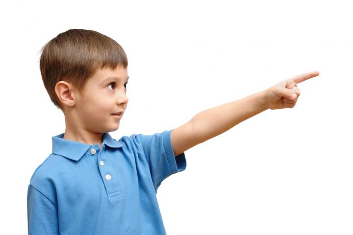 Воспитанный малыш: 10 манер, которым нужно учить с детства