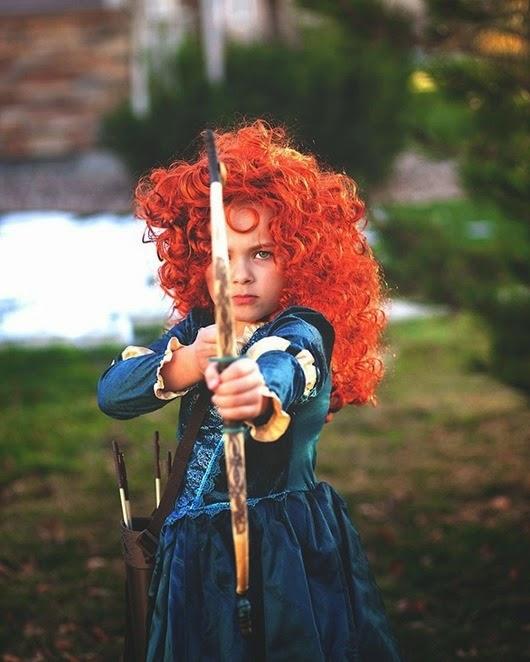 Весело, забавно, пугающе: 25 детских костюмов с Halloween в этом году