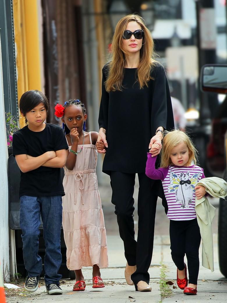 Принципы звезд: 5 знаменитостей, которые воспитывают своих детей не так