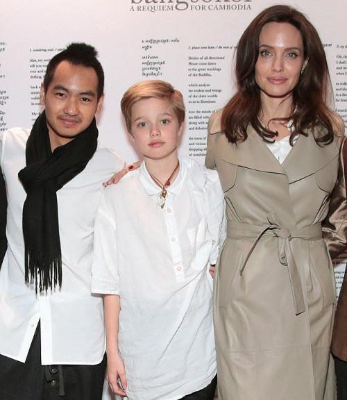 Анджелина Джоли откровенно об учебе детей