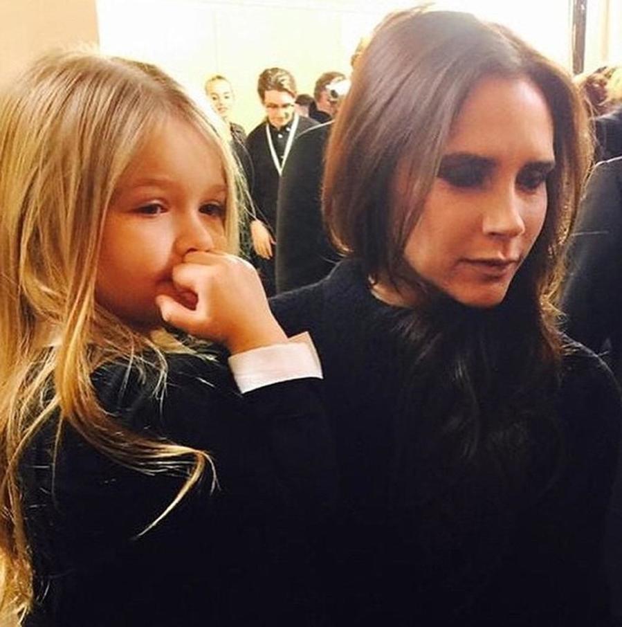 Викторию Бекхэм раскритиковали в Instagram - за рисунок дочки