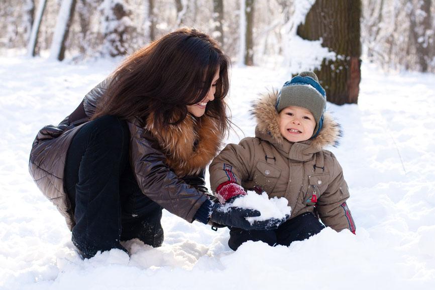 Когда ребенок ревнует: 10 советов, как справиться с проблемой