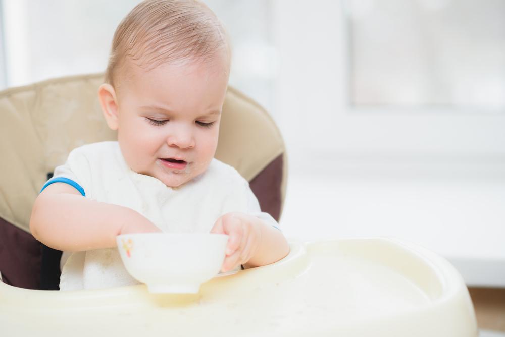 Кушай, деточка: ученые разрешили малышам есть руками