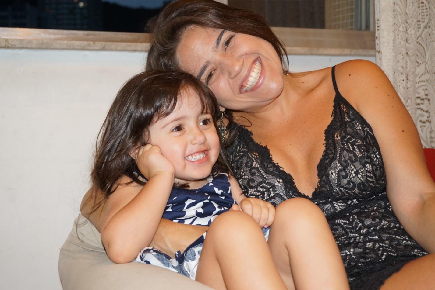 Мама из Бразилии сбросила 30 кг, чтобы стать примером для дочери