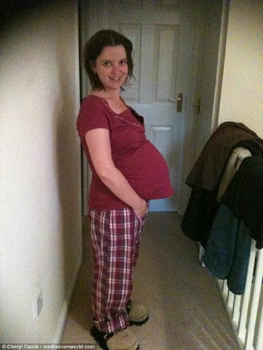 Не стоит сдаваться: неудачное кесарево сделало маму - вечно беременной