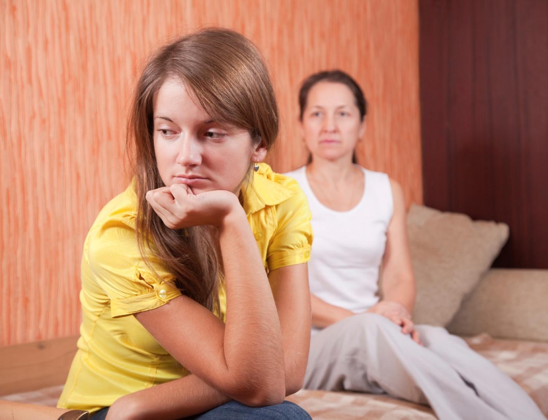 10 причин, почему взрослые дети могут ненавидеть родителей