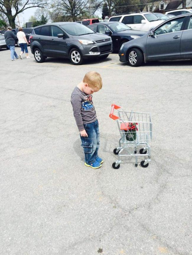 Шопинг с детьми: 25 фото, как это выглядит на самом деле