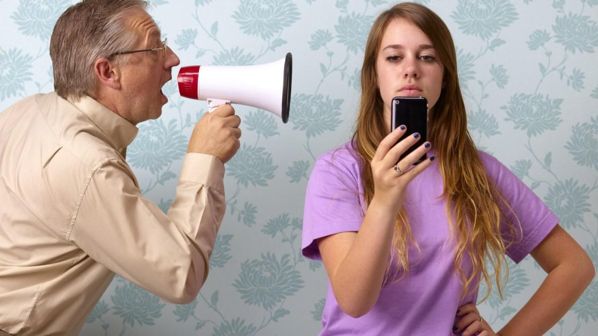 Не говори так: 10 фраз, которые всегда обижают подростка