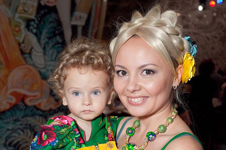 Татьяна Морозова из Comedy Woman станет мамой во второй раз