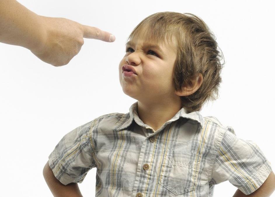 Ложь по пустякам: 10 примеров обмана, на который идут родители