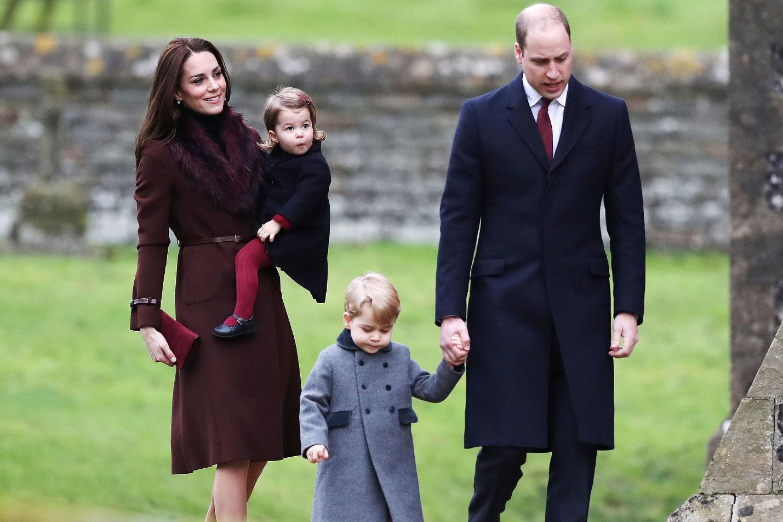Вот это фурор: пальто принца Джорджа распродали - за пару часов