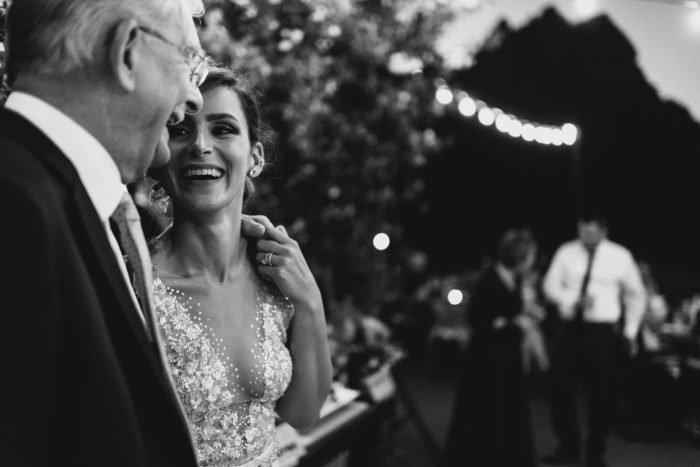 Папа плачет от счастья: 25 трогательных моментов на свадьбах дочек