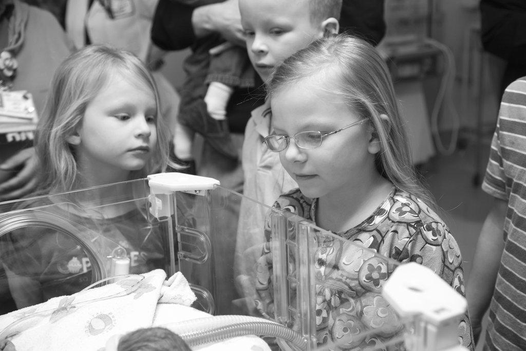 Слезы так и катились: фото-проект о малышке, которая прожила 2 дня