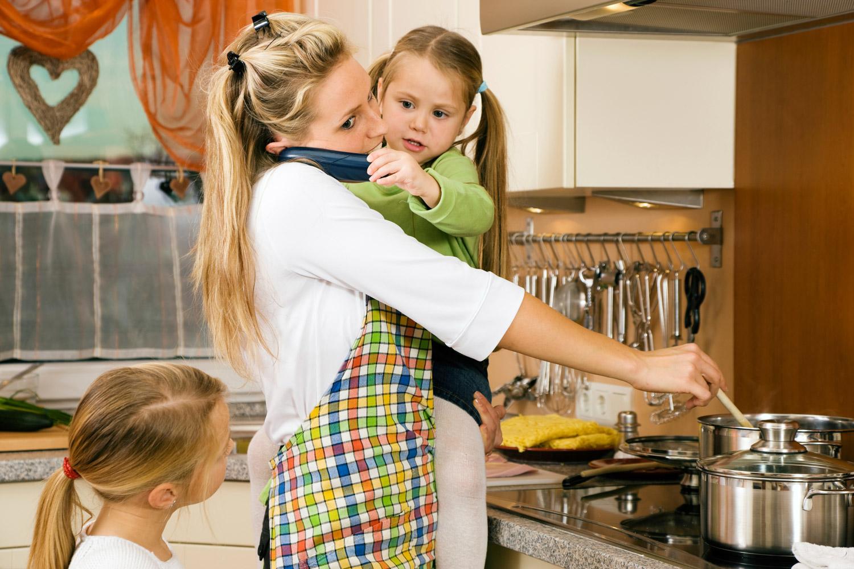 Когда уже нет сил: 10 фраз, которые нельзя говорить уставшей маме