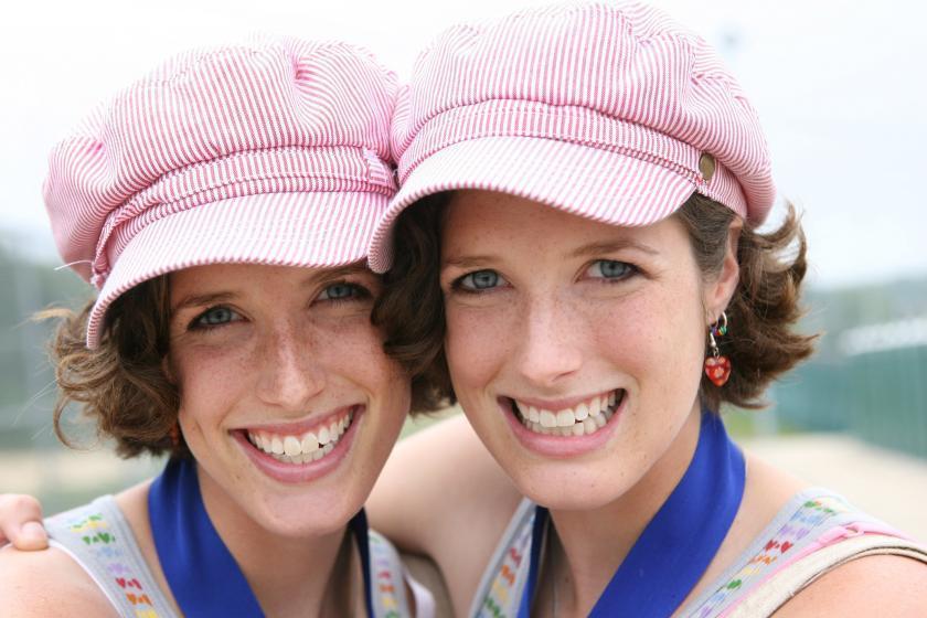 Феномен близнецов: 7 факторов, которые влияют на зачание сразу 2-х малышей