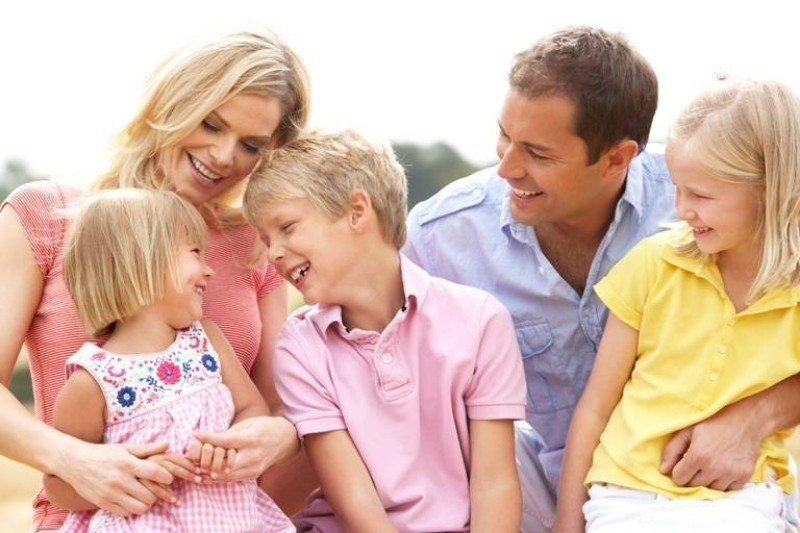 Как в воспитывать ребенка в разном возрасте: 4 важных этапа