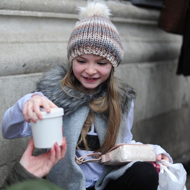 Чудо в Рождество: в США девочка отдала все свои деньги на еду для бедных