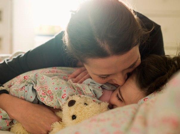 Как нельзя будить ребенка по утрам: 7 советов