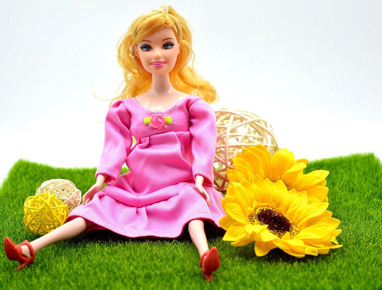 Барби – роженица: в Китае продают куклу с младенцем в животике
