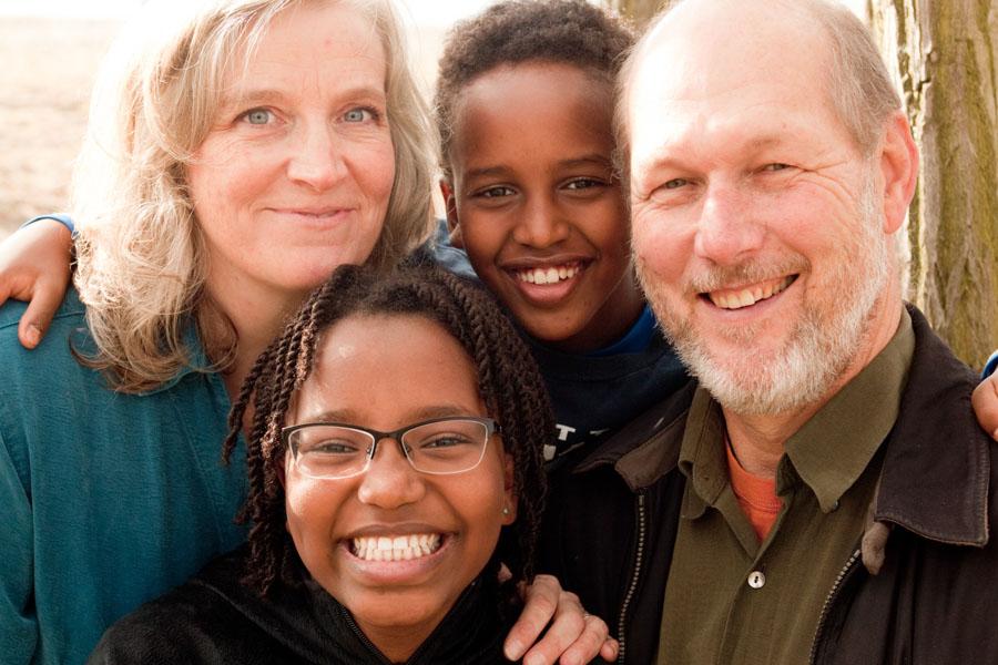 Решение принято: иностранцы не смогут усыновлять детей из Эфиопии