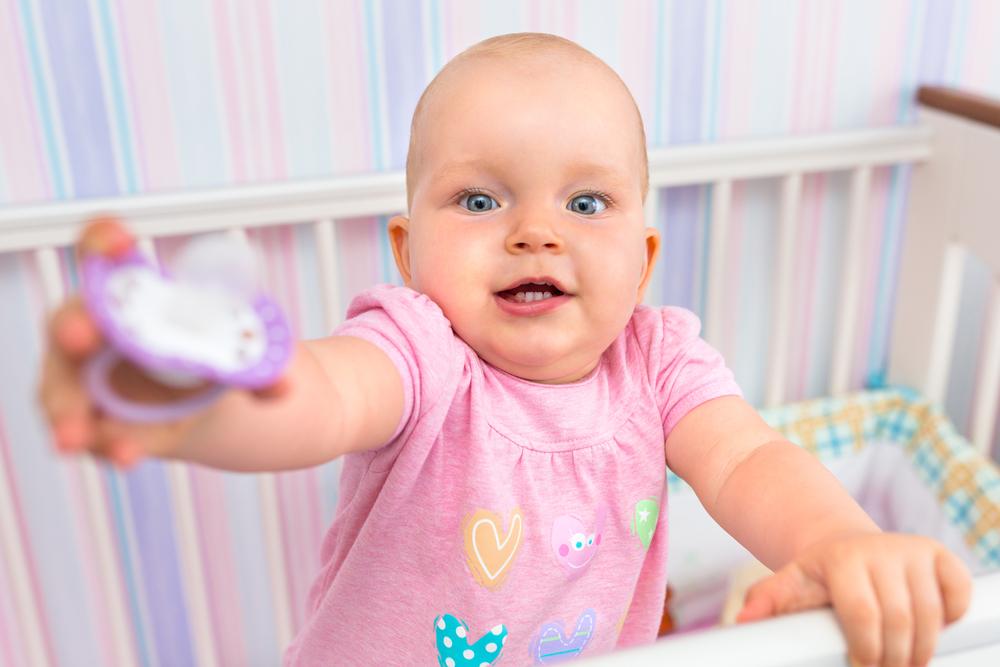 Как отучить — от пустышки: 10 хитрых приемов для родителей