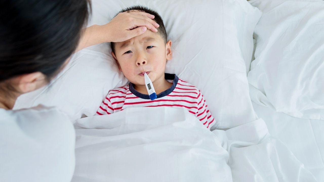 Внимание — насморк: 15 советов, как помочь ребенку