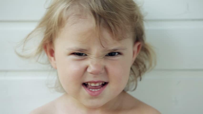 Закон подлости: 9 моментов, когда малыш просыпается и все портит