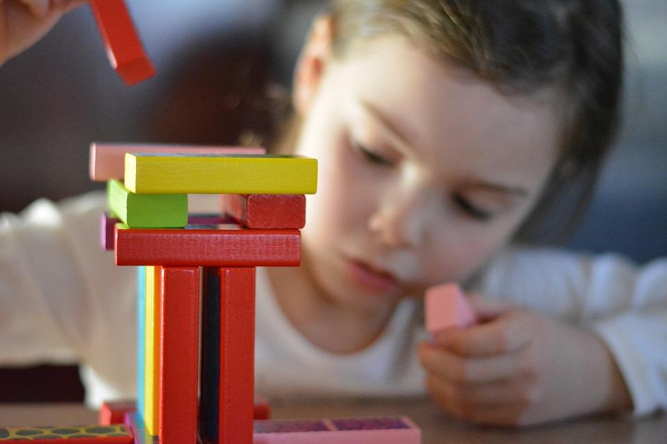 Ученые рассказали, от кого дети наследуют интеллект. И это не папы!