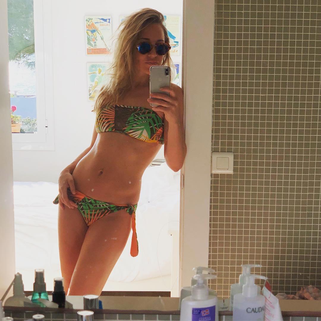Как будто и не рожала: Юлия Ковальчук похвасталась фигурой в купальнике