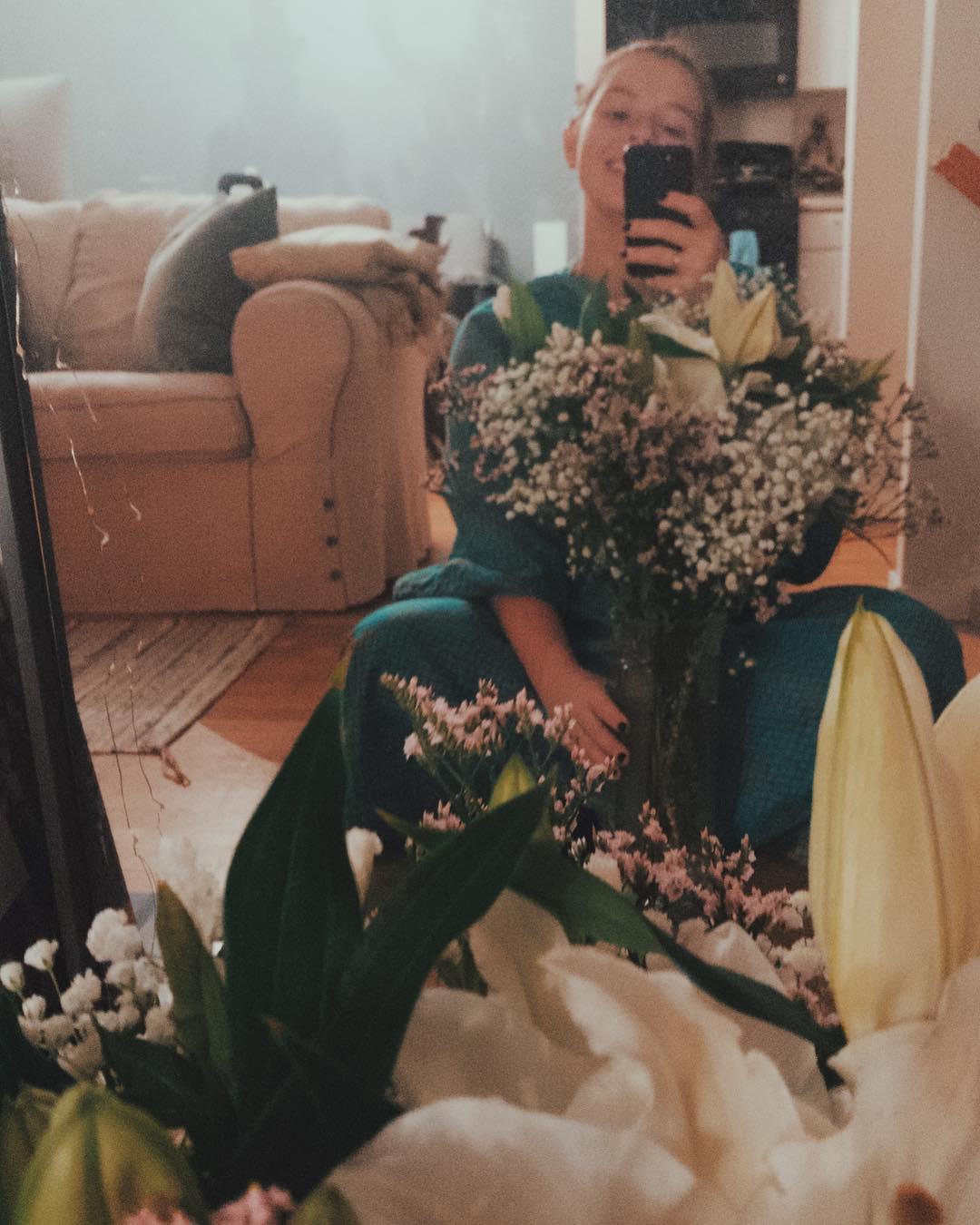 СМИ: телеведущая Екатерина Стриженова скоро станет бабушкой