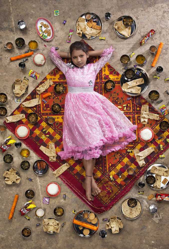 Еда = Детское Ожирение: социальный фото-проект о том, что едят дети во всем мире