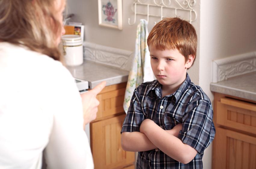 Как распознать, что ребенок врет: 10 главных признаков