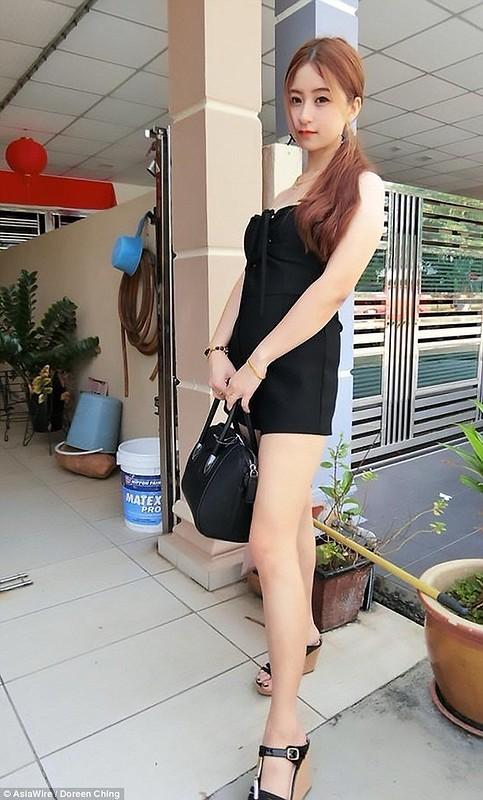 23-летняя мать четверых детей показала послеродовые растяжки. И ее сразу облили грязью!